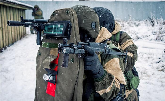 Бойцы с СР-2М